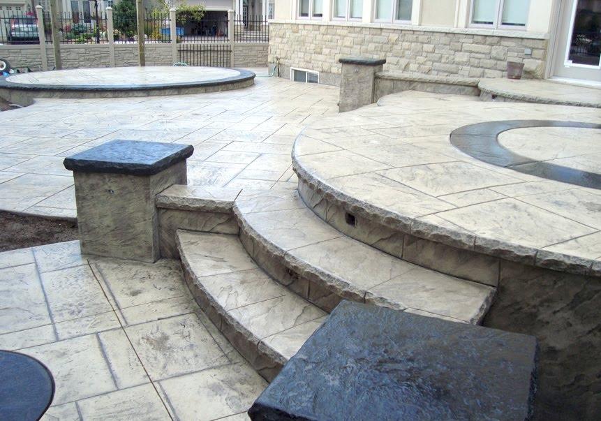 Stamped steps pillar